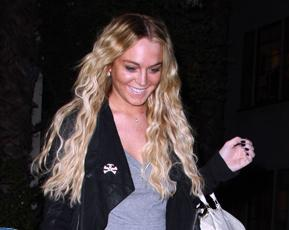 lindsay lohan hair crimped